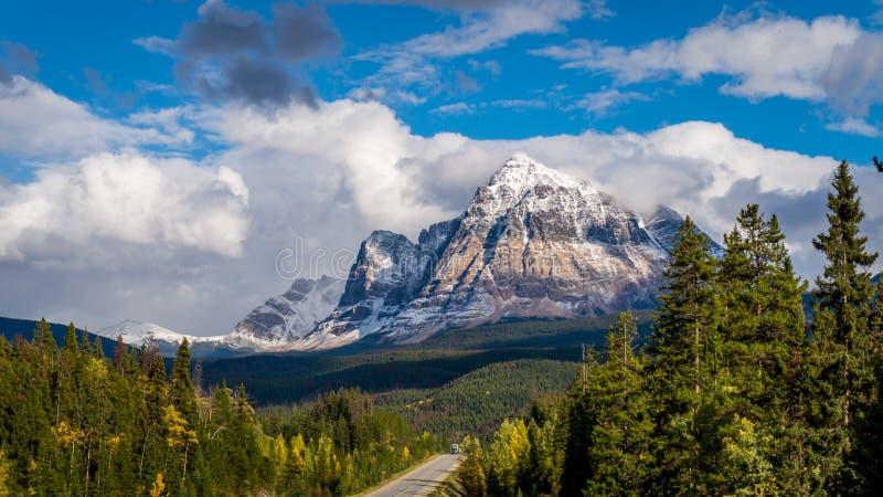 Supporto Fitzwilliam nelle Montagne Rocciose canadesi fotografia stock