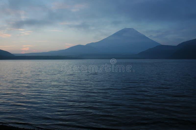 Supporto Fuji all'alba fotografie stock
