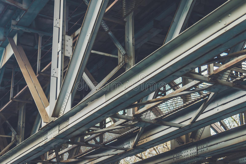 Supporto sopra il vecchio ponte fotografie stock libere da diritti