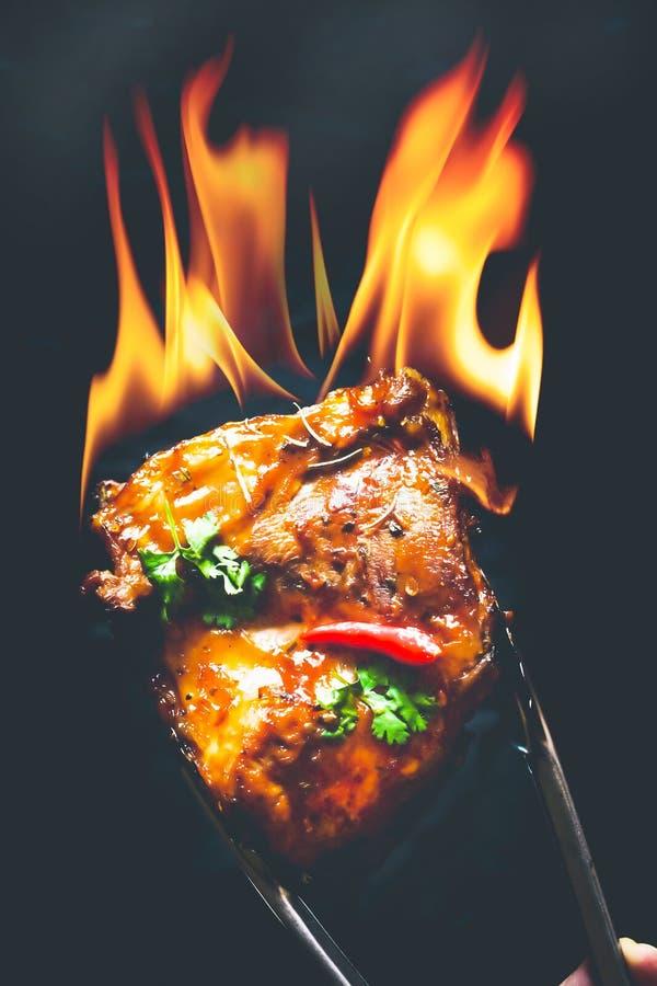 Supports chauds et épicés de barbecue de porc photos libres de droits