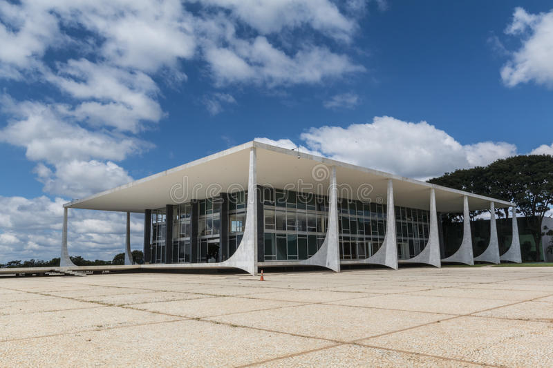 Supremo Tribunal Federal - Bras��lia - DF - Brazil. Supremo Tribunal Federal (Supreme Federal Court) - The supreme court (court of last resort) of stock image