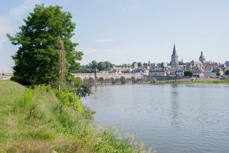 Sur la Loire de Charite images libres de droits