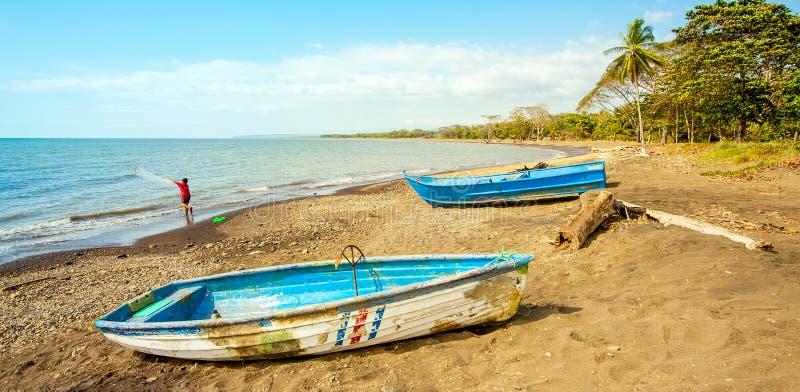 Sur la plage de Playa Tarcoles images libres de droits