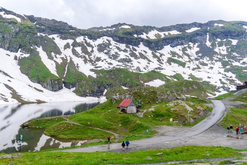 Sur le dessus de la montagne de Fagaras photos libres de droits