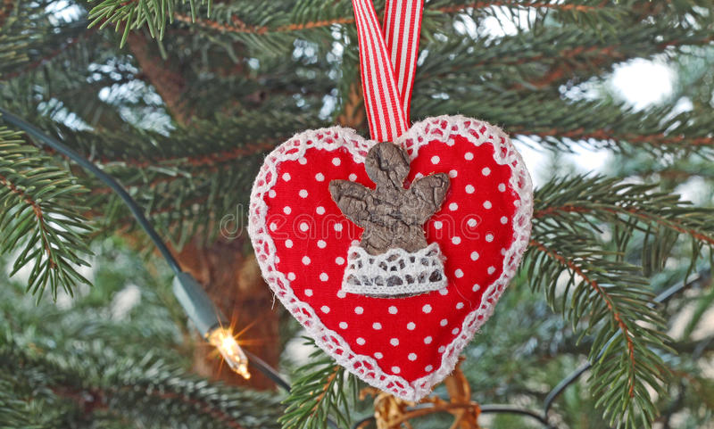 Sur un arbre de Noël photographie stock