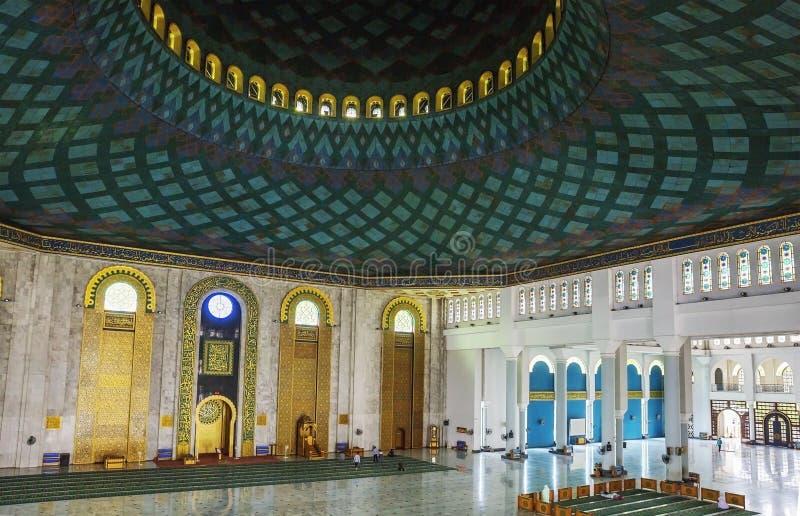 Surabaya, Indonesien, Al Akbar-Moschee innen stockbilder