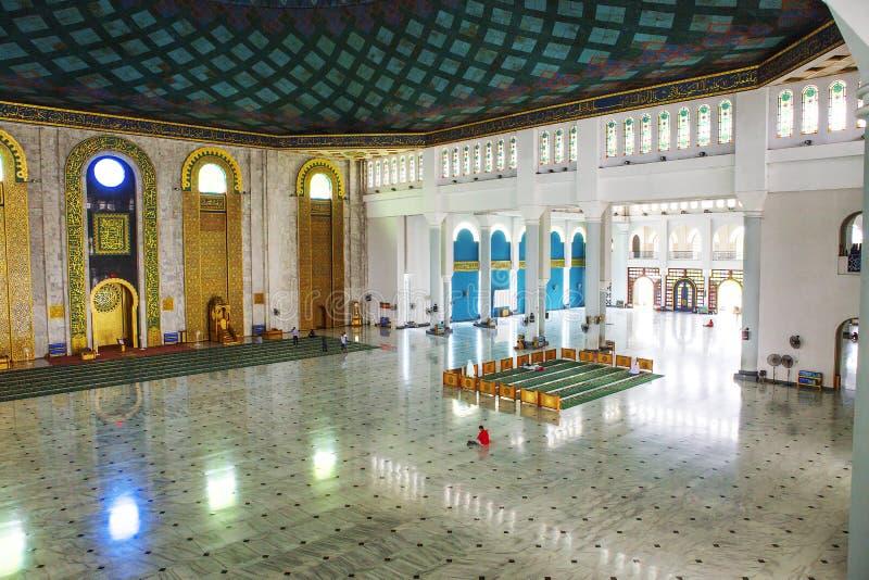 Surabaya, Indonesien, der Innenraum der Moschee des Als Akbar stockfoto