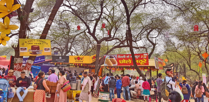 Surajkund macht Mela Fair in Handarbeit lizenzfreie stockfotos