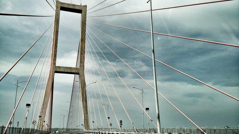 Suramadu-Brücke lizenzfreie stockfotos