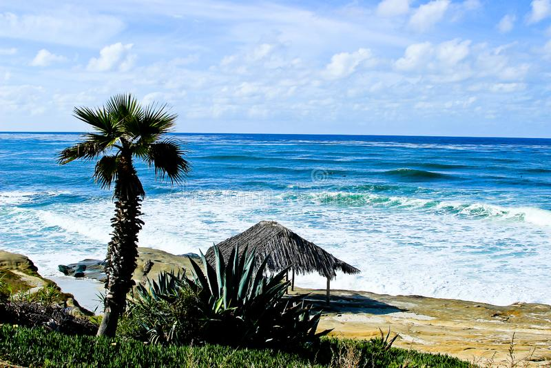 Surf Shack na praia de Windansea foto de stock