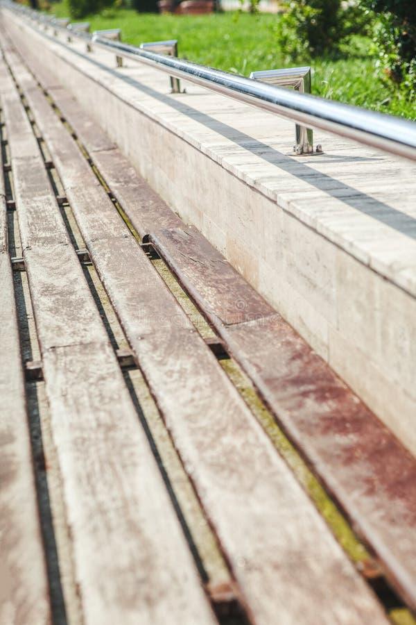 Surface du banc en bois photographie stock libre de droits