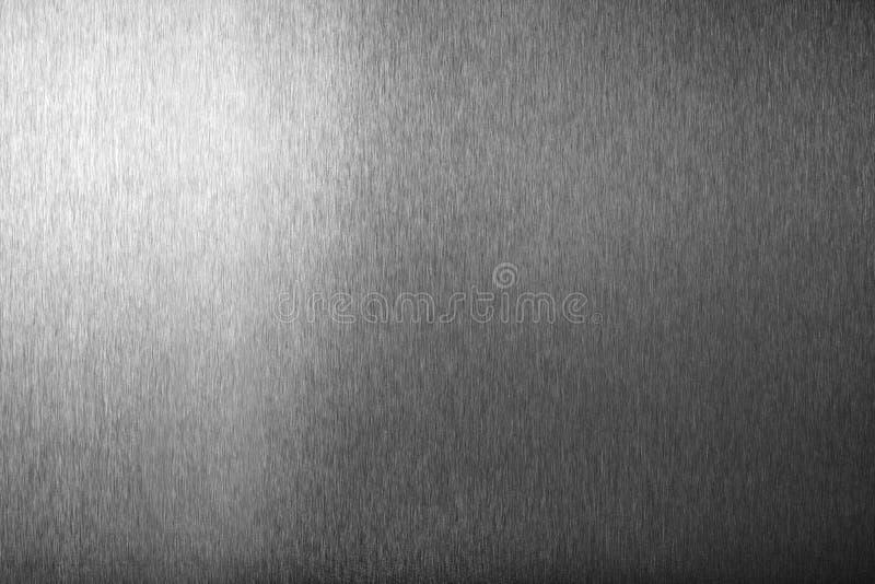 Surface vide brillante en m?tal argent?, fond m?tallique brillant monochrome, fin noire et blanche balay?e de contexte de feuille images stock