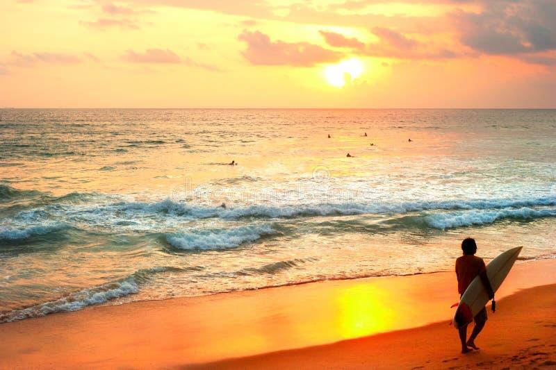 Surfar de Sri Lanka imagens de stock