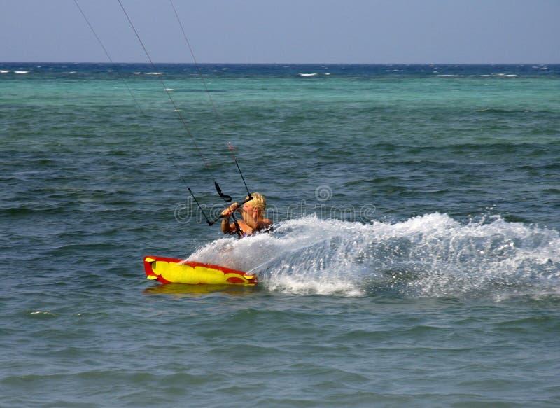 Surfer 2 de cerf-volant images stock