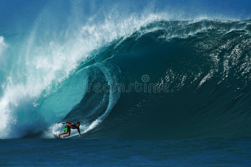 Surfer Evan Valiere Surfing Pipeline in Hawaii stock image
