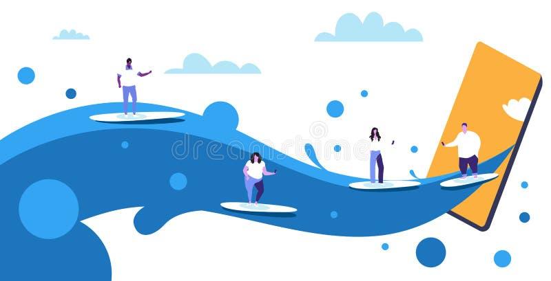 Surfers à l'aide des téléphones portables surfant sur des femmes d'hommes de vagues sur l'écran numérique de smartphone de concep illustration stock