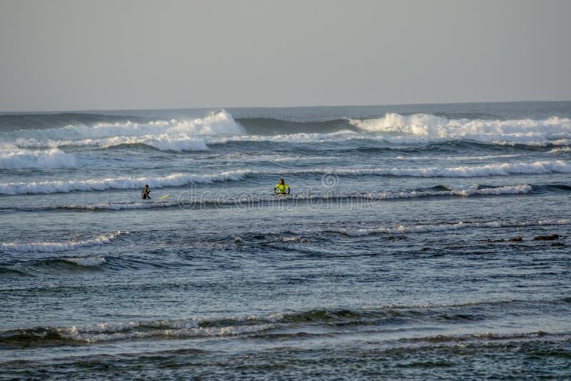 Surfers in Fuerteventura royalty-vrije stock foto
