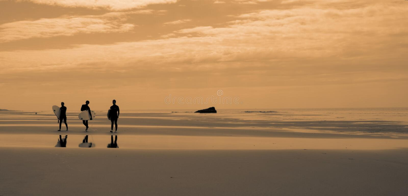 Surfeurs, Soulac images stock