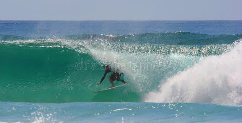 surfing barrel fotografia stock