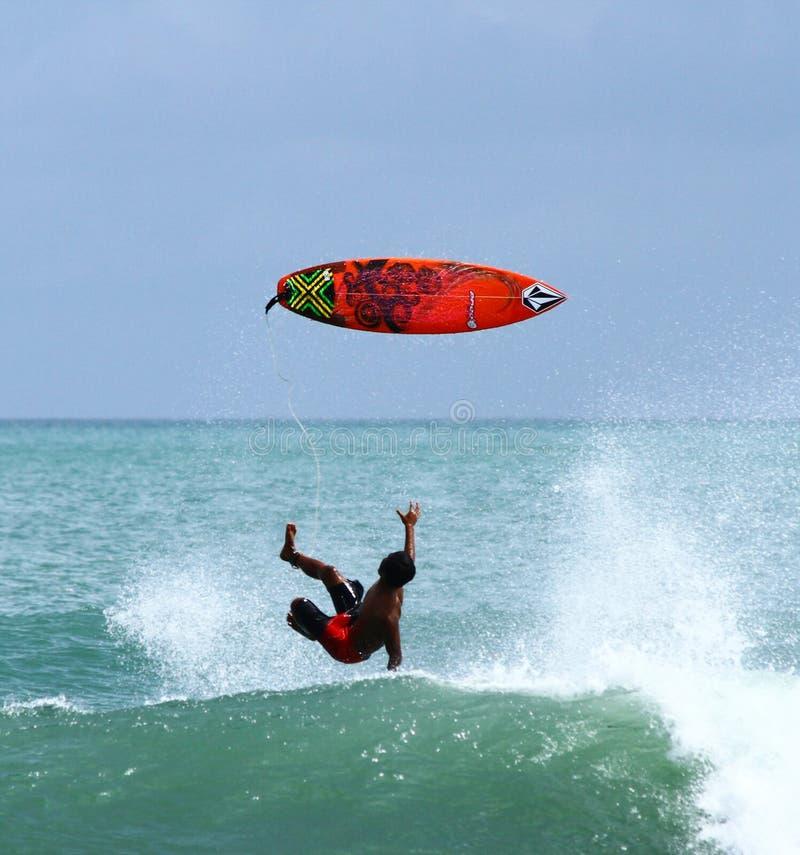 Surfingowa Spada puszek od surfboard fotografia stock