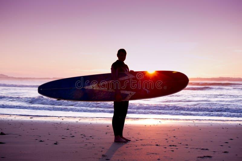 Surfingowiec dziewczyna zdjęcia stock