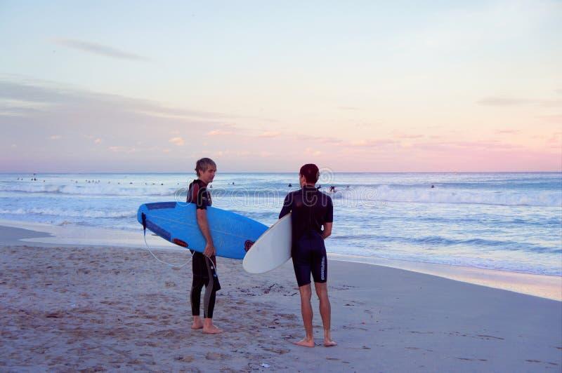 Surfingowowie przy Południową plażą Miami zdjęcia stock