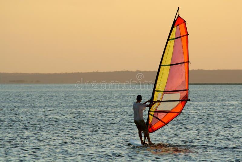 Surfista del vento fotografie stock