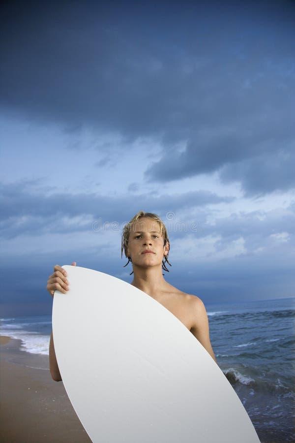 Surfista masculino novo foto de stock royalty free