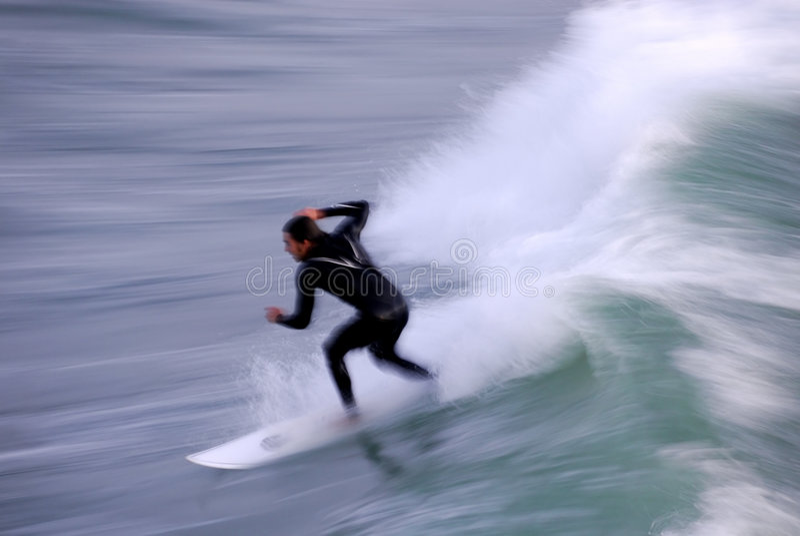 Surfista no movimento fotos de stock