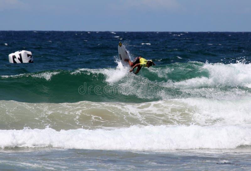 Surfista Professionista - Virile Aperto Di Austalian Fotografia Editoriale