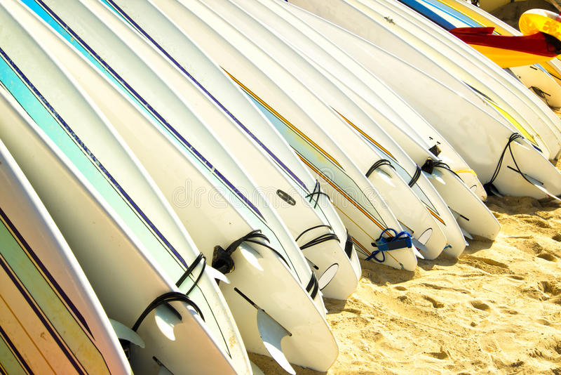 Surfplanken, Waikki Strand, Honolulu, Oahu, Hawaï stock afbeelding