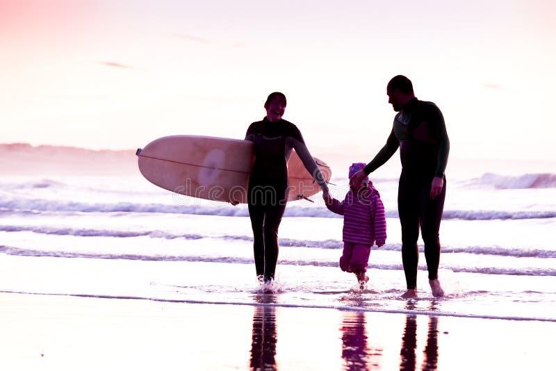 Surftime arkivfoton