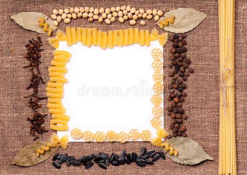 Surowa makaron rama dla teksta zdjęcie royalty free