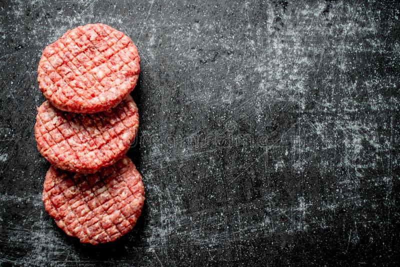 surowi wo?owina hamburgery obraz stock