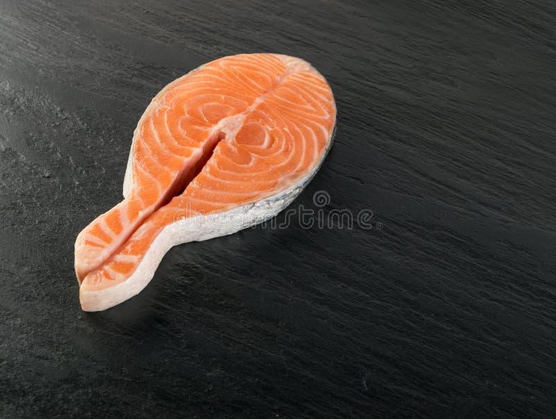 Surowy Łososiowego stku tło fotografia stock