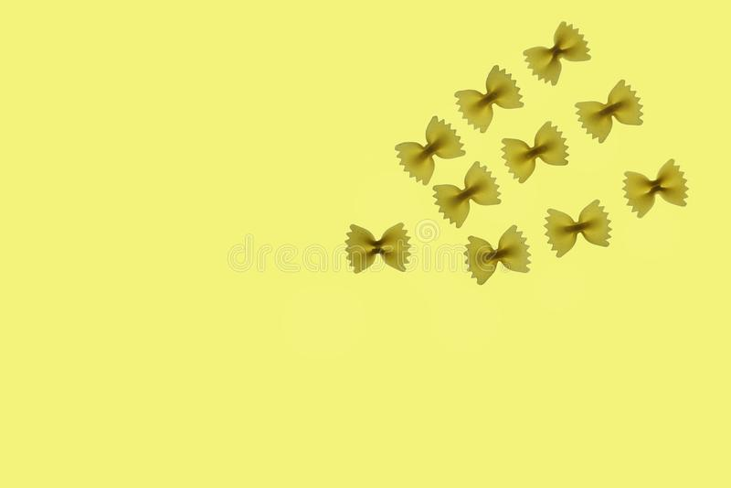 Surowy makaronu farfalle fotografia royalty free