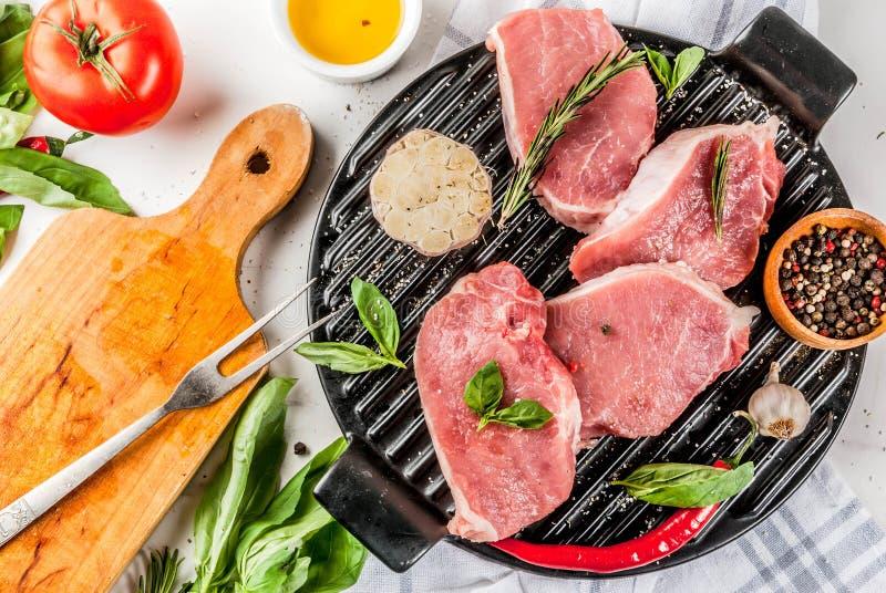Surowy mięso, wieprzowina stki zdjęcie royalty free