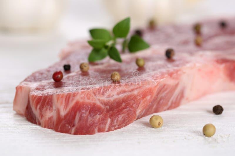 Surowy wieprzowiny mięsa cutlet obraz royalty free
