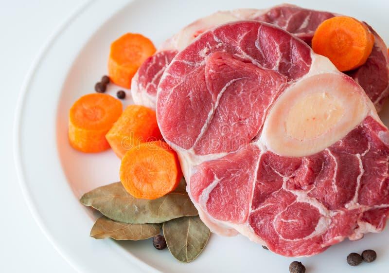 Surowy wołowiny zbliżenie zdjęcia stock