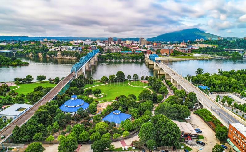 Surrantenn av i stadens centrum Chattanooga Tennessee TN horisont arkivfoto