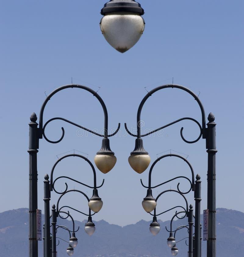Download Surreal Lantaarnpalen stock foto. Afbeelding bestaande uit californië - 287164