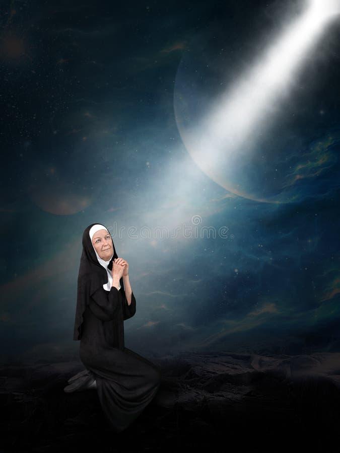 Surrealistyczna magdalenka, religia, modlitwa, chrześcijanin, ono Modli się obraz stock