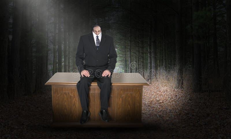 Surrealistyczny biznesmen, biznes, mężczyzna, Mała głowa obrazy stock