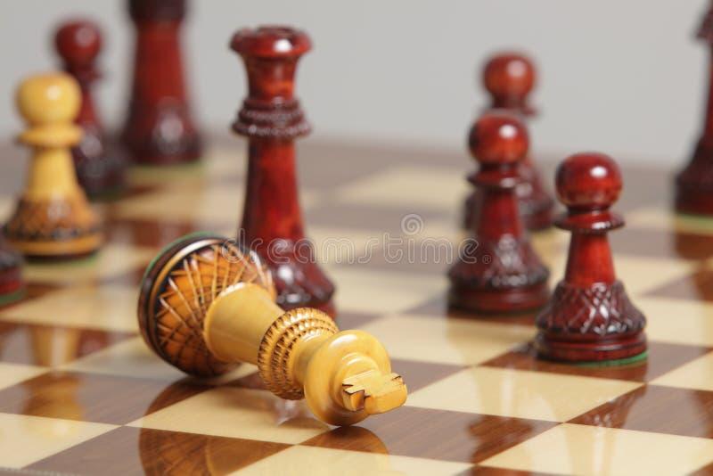 Surrender короля шахмат стоковое изображение rf