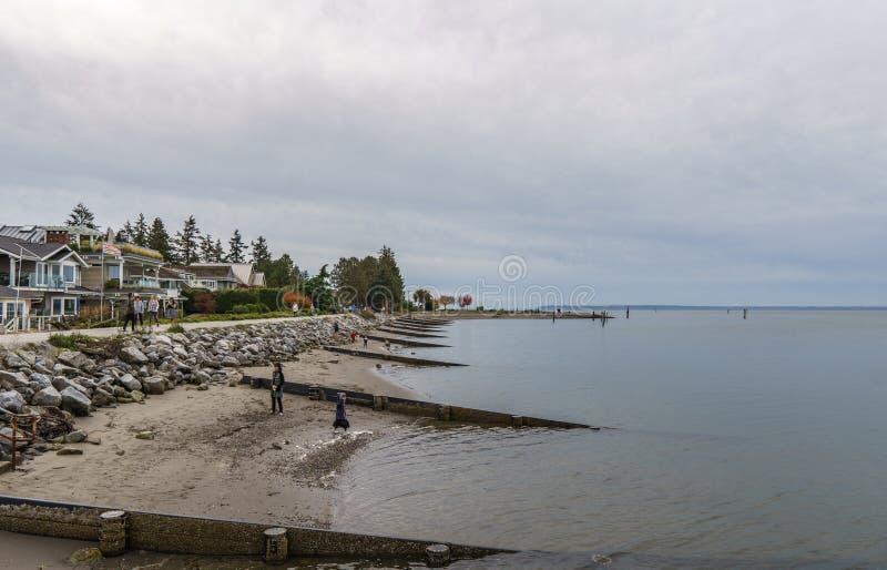 SURREY, CANADÁ - 27 de octubre de 2018: Área del parque de Blackie Spit en la bahía del límite fotos de archivo libres de regalías