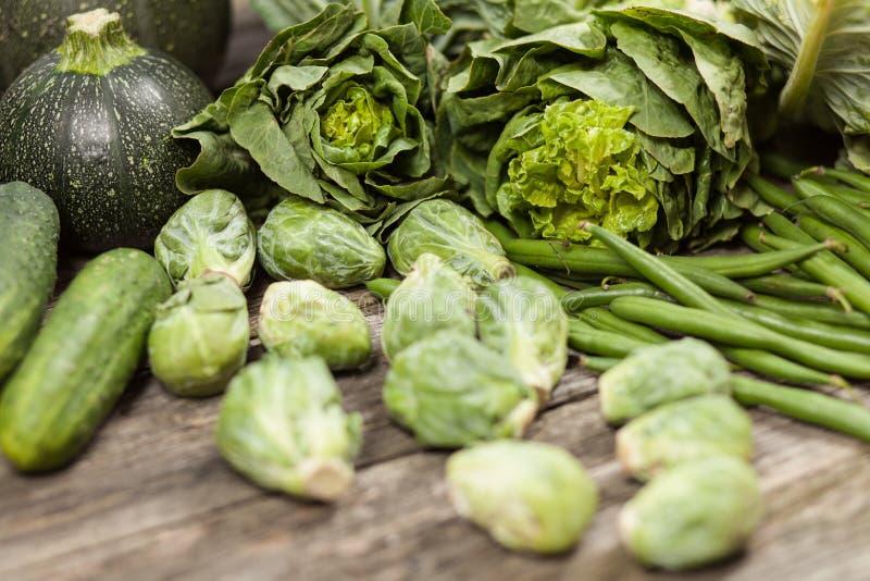 Surtido de verduras verdes fotografía de archivo libre de regalías