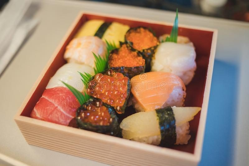 Sushi asportabili nel Giappone immagine stock libera da diritti