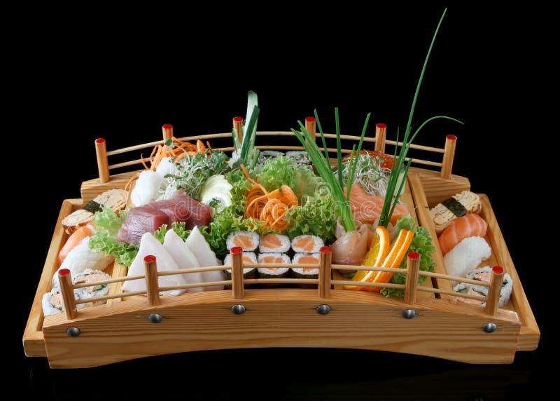 Sushi auf Brücke lizenzfreie stockfotografie