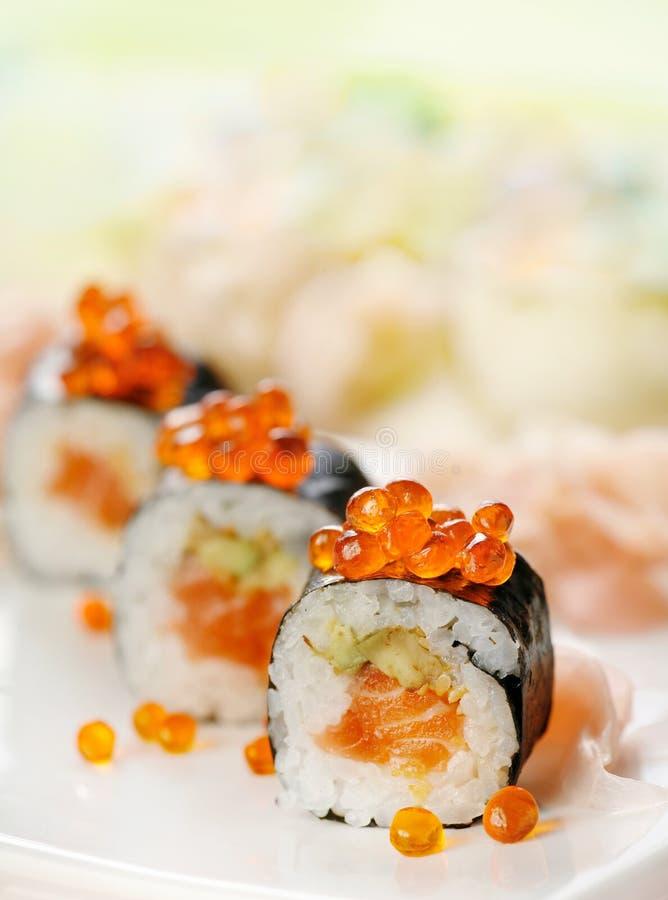Sushi avec des saumons photo libre de droits