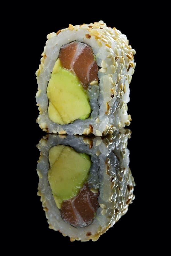 Sushi con riso ed il pesce immagini stock libere da diritti
